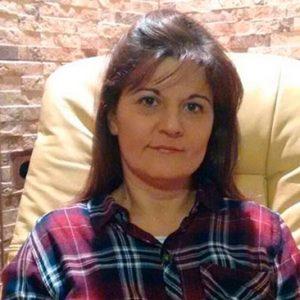 Esmeralda Mena Martínez
